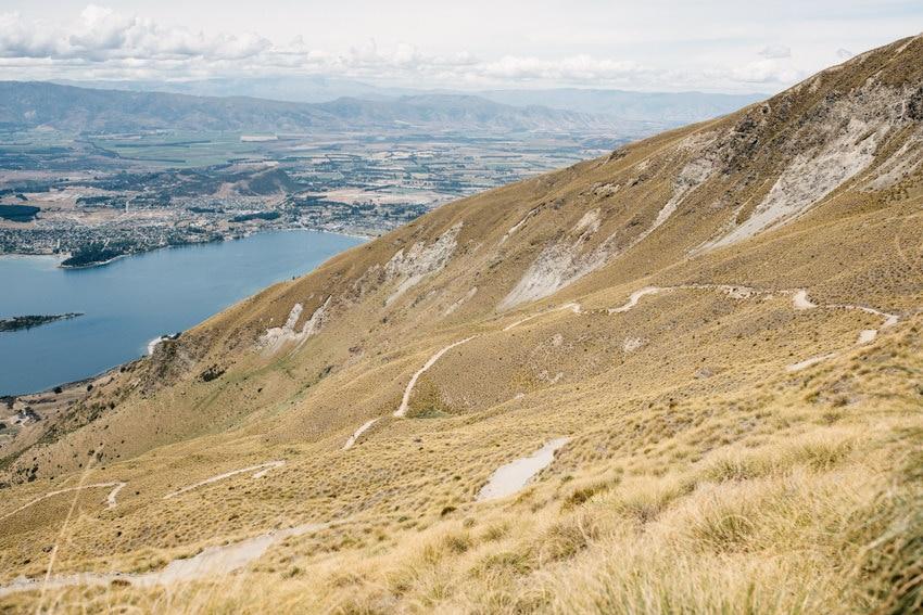 Serpentines on Roy's Peak