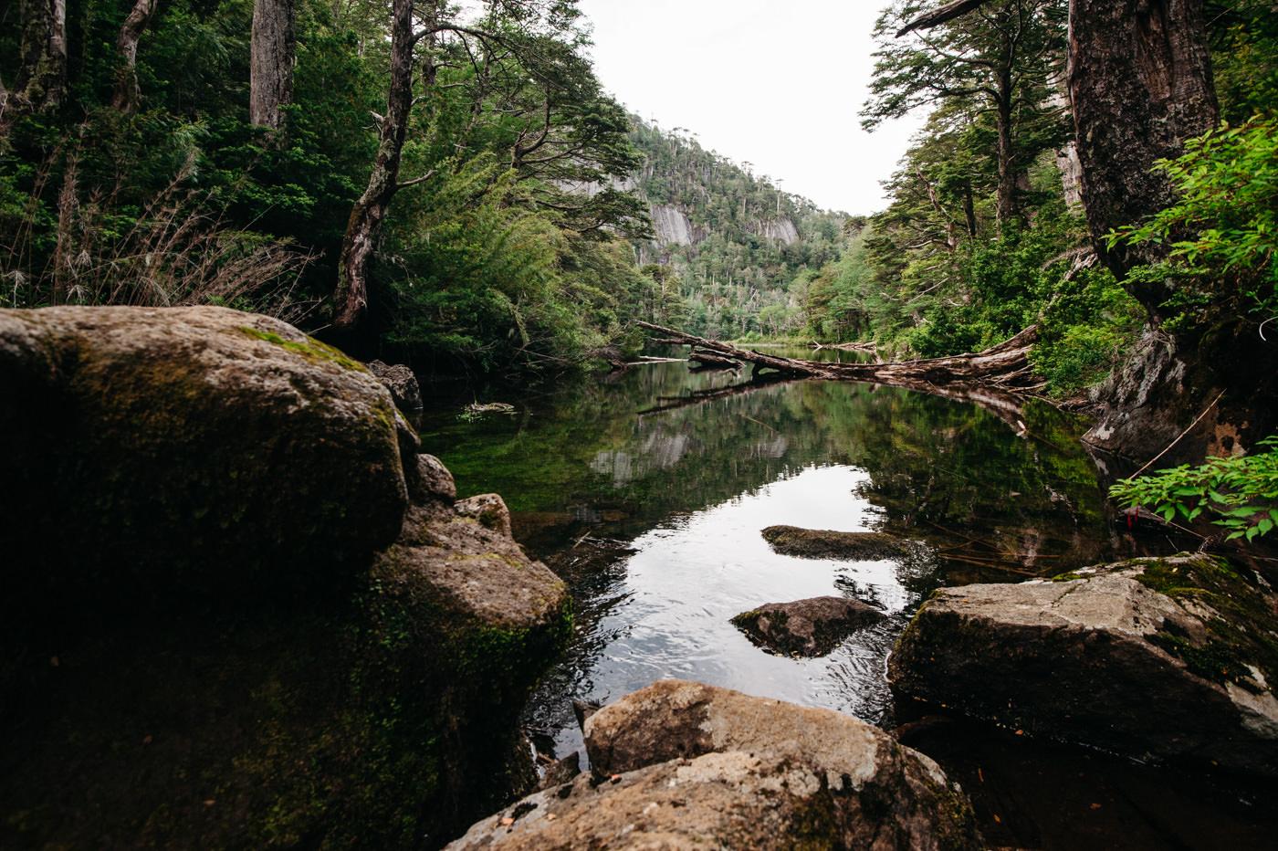 Chile Parque Nacional Huerquehue Sendero Los Lagos Lago Chico