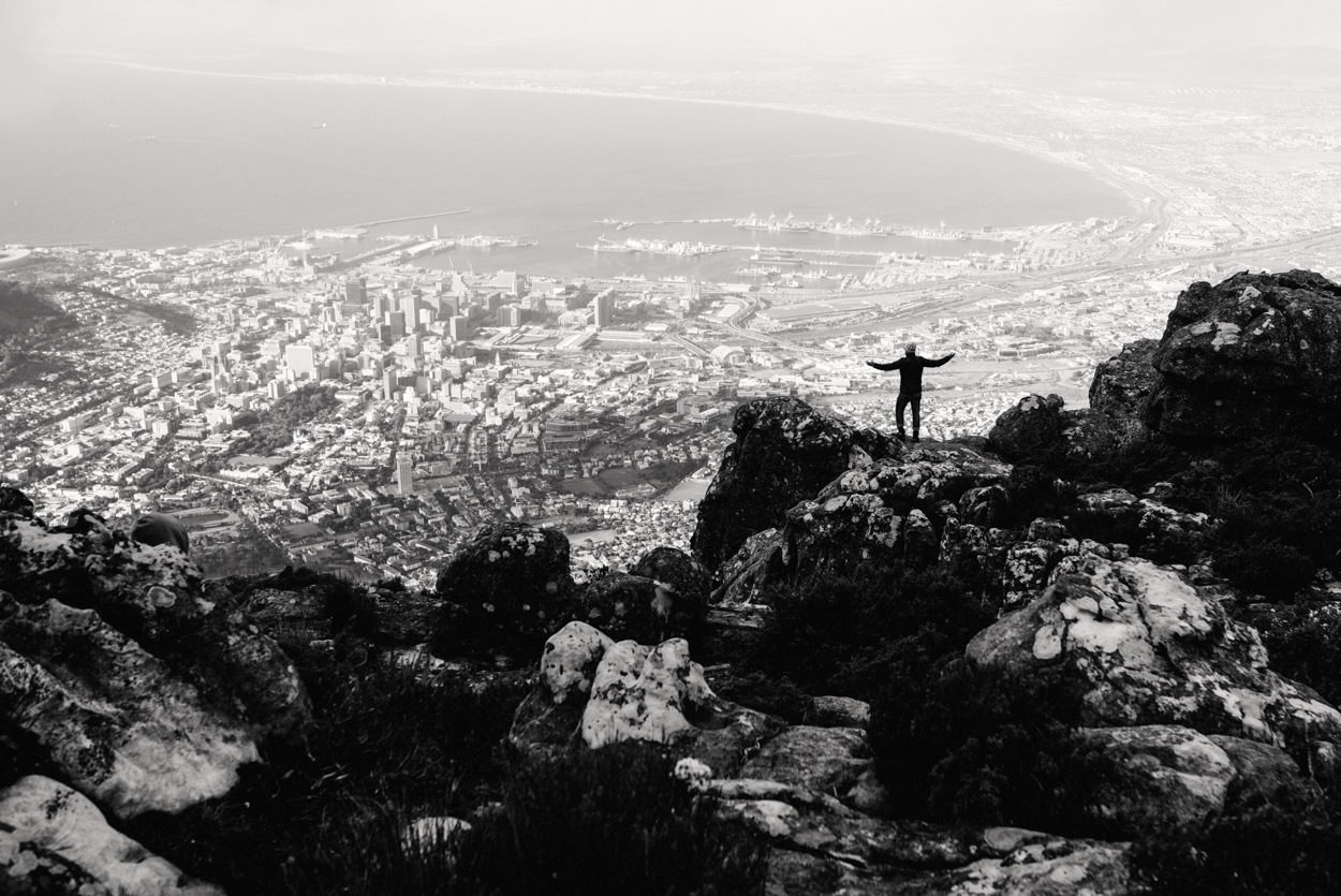 Cape-Town-Table-Mountain-Black-and-White